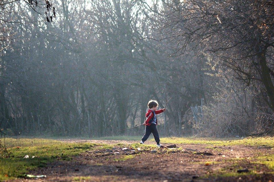 Hoe ontstaat druk gedrag bij kinderen?