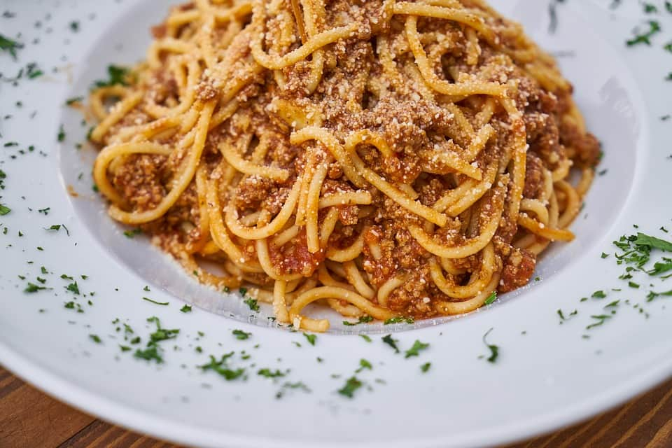 Pasta saus met verborgen groente