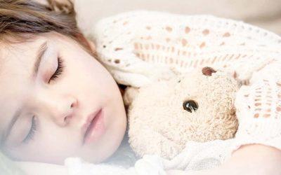 Hoe ADHD de slaap van kinderen beïnvloedt – en wat je kunt doen?