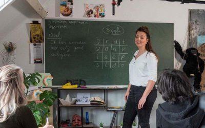 Thuis naar school | Online lessen voor alle groepen